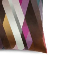 DG-plum-&-burgundy-Detail